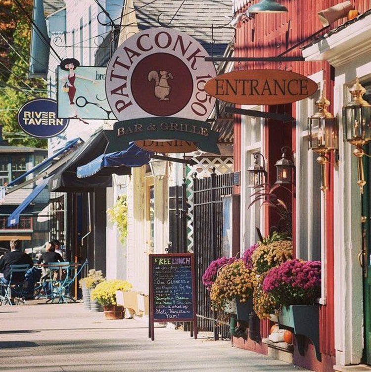 Town of Chester - vibrant shops and restaurants