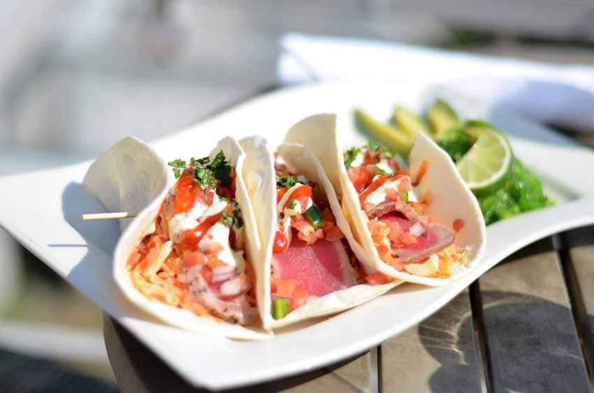 Fresh Seafood Tuna / Seafood Tacos