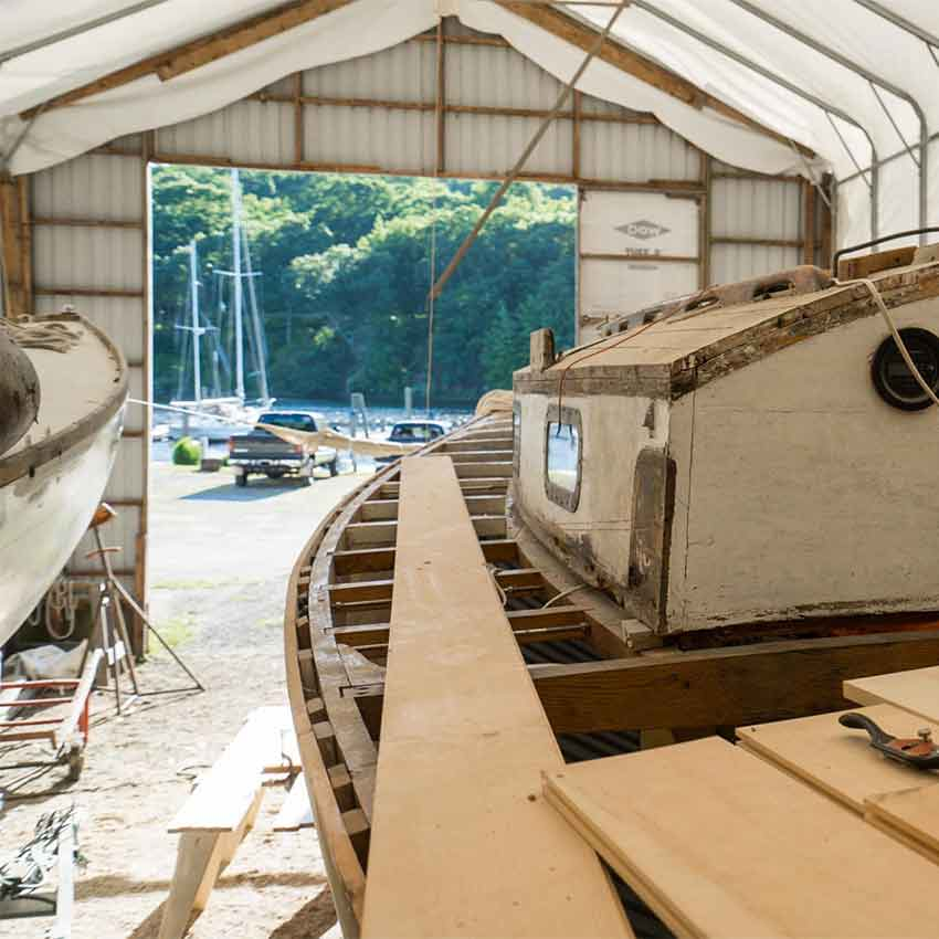Cove Landing we specialize in every stage of restoration of both wooden boats and fiberglass