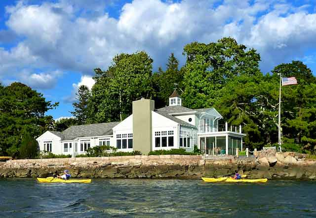 Thimble Island Bed & Breakfast with Kayakers