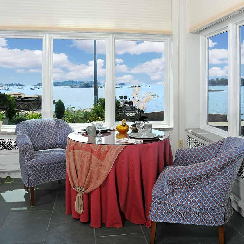 Thimble Island Bed & Breakfast - Meech Corner Living Room