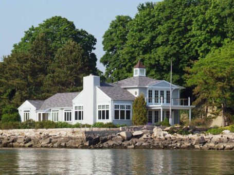 Thimble Island Bed & Breakfast
