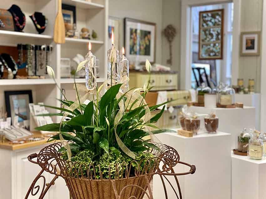Elegant handblown planter torches